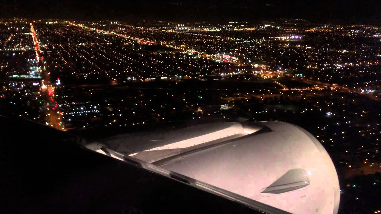 American Airlines Approach And Landing At Lax At Night