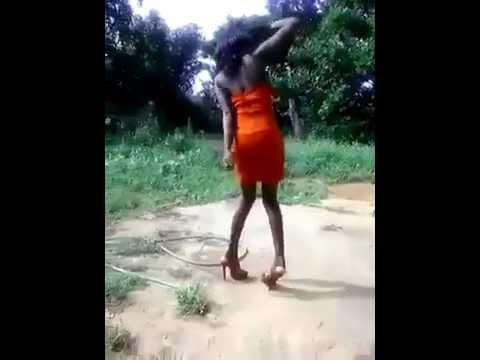 Quant une femme ne sait pas marcher sur des talons youtube - Peinture qui ne coule pas ...