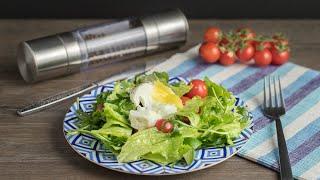 Салат к завтраку с яйцом-пашот