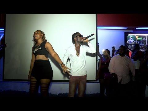 Bisa Kdei performing at Vienna City Kumasi [2015]