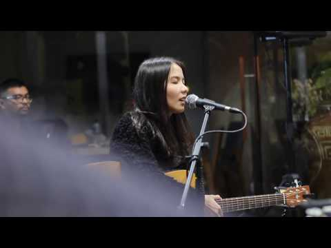 Indra Lesmana - Aku Ingin (cover) Live at More Than Sounds