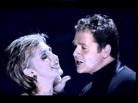 Michael Ball and Lesley Garrett - Phantom of the Opera