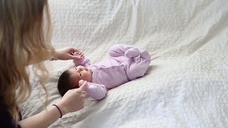 How to do a beautiful and safe newborn shoot in your own home by Vail Fucci