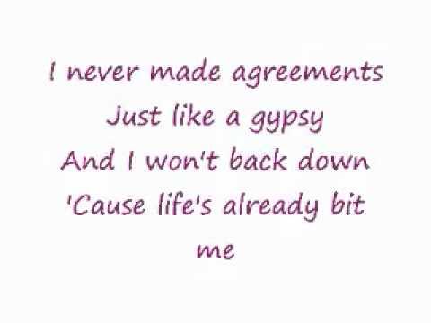 Gypsy- Shakira (with lyrics)