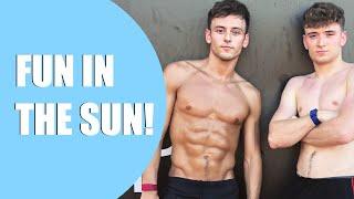 FUN IN THE SUN! I Tom Daley