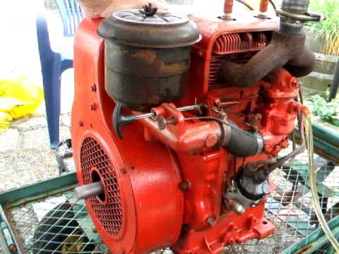 Wisconsin engines had a wide variety of uses, from industrial to agricultural, and most people remember these antique engines powering hay balers, water pumps and generators on farms.