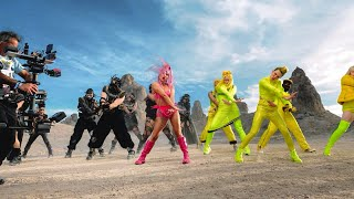 Lady Gaga - Stupid Love (Behind The Scenes)