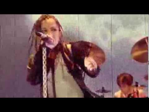 L'Arc~en~Ciel - My Heart Draws A Dream (Live Indonesia)