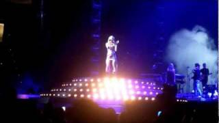 Carrie Underwood- Before He Cheats Clip LIVE Jacksonville