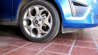 Prueba del Control de traccion en Ford Fiesta Kinetic 2011.MOV