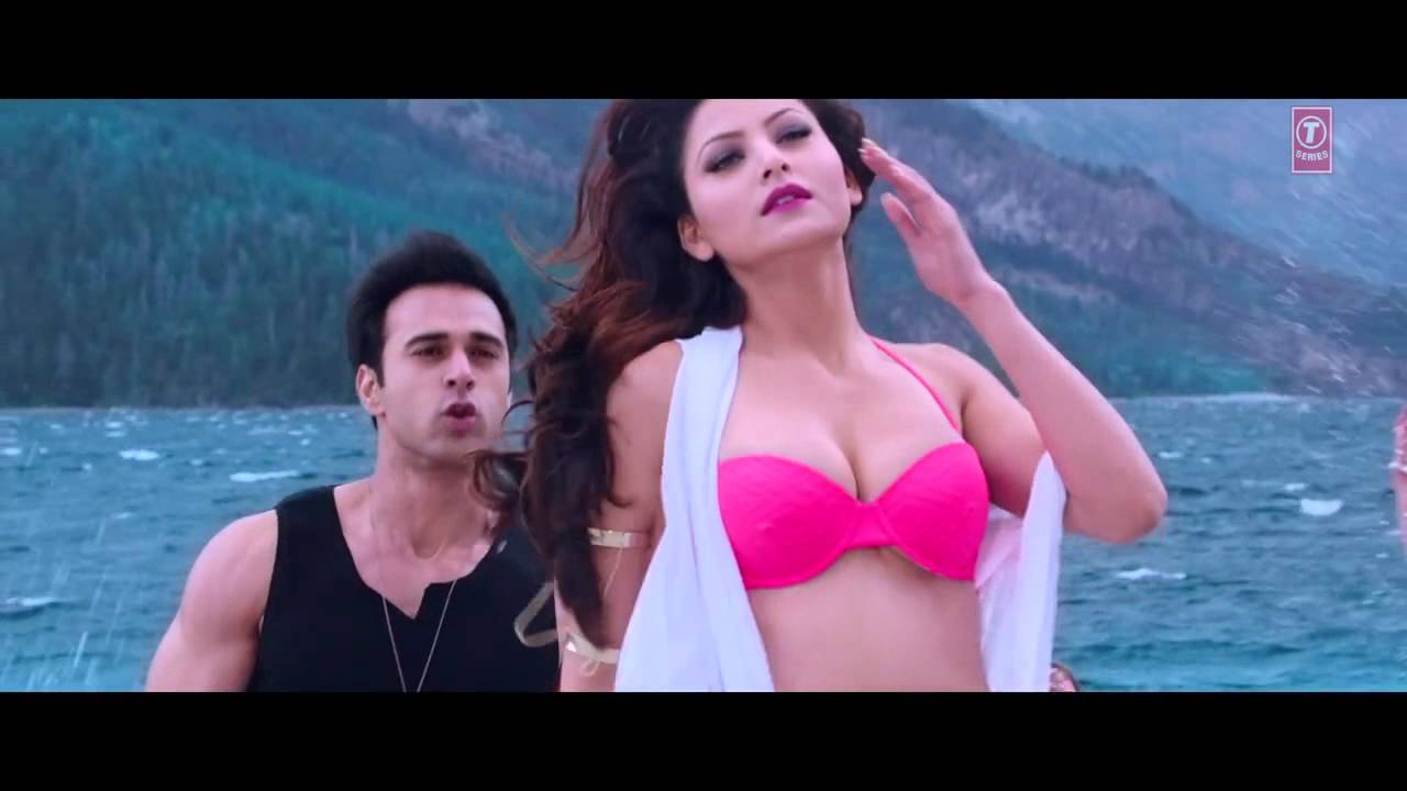 Sargum4u. Com: priyanka chopra hot video song from fashion.