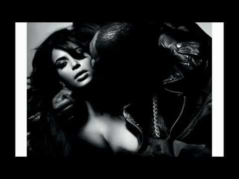 Kim Kardashian and Kanye West show their sextape to the world