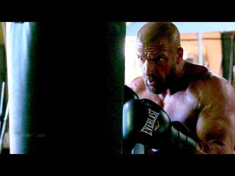 How Triple H got in the best shape of his life for WrestleMania 32