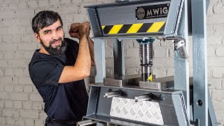 Making The Hydraulic Press - DIY 20 Ton Hydraulic Shop Press from scrap metal