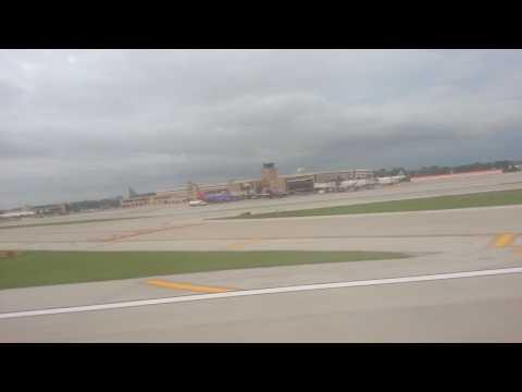 737-800 take off from epply airfield Omaha Nebraska