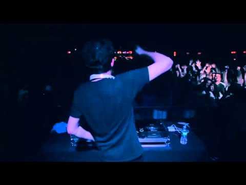 Dillon Francis & Kill the Noise - Dill The Noise