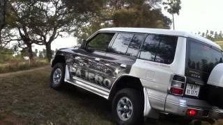 Mitsubishi Pajero SFX - off road - diff lock