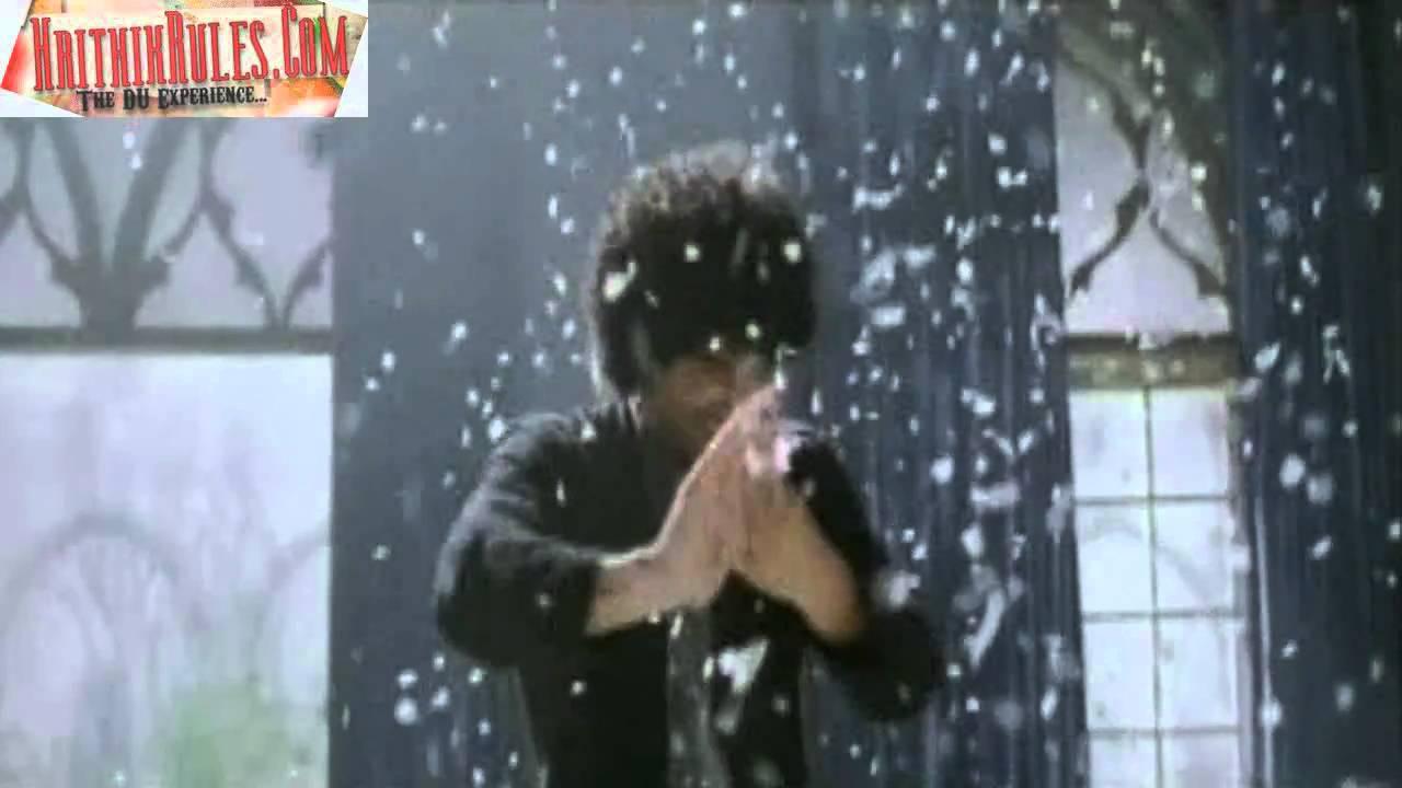 Lyrics of Bas Itni Si Tum Se Guzaarish Hai - HindiGeetMala