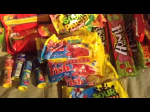 Flea market haul: candy to sell at school - YouTube