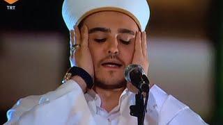 Selimiye Camii imam hatibi Alp Can Çelik damar hicaz ezan