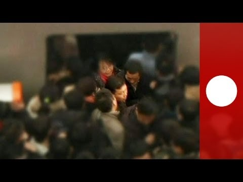 Battleground Beijing: Daily routine in overcrowded metro
