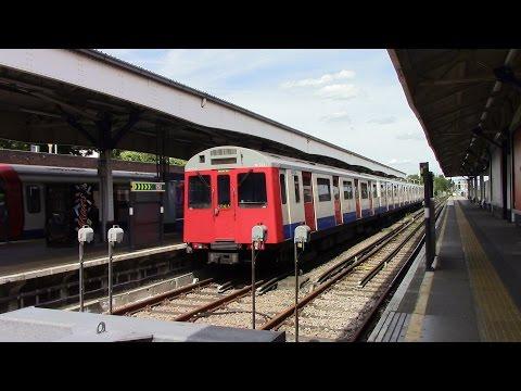 London Undergound District Line Wimbledon Branch D Stock