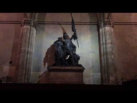 Feldherrnhalle München - quick look at the site and history of the Bavarian war memorial