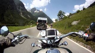 "Honda GL 1500 F6C ""Valkyrie"" - easy overtaking in the Swiss alps"