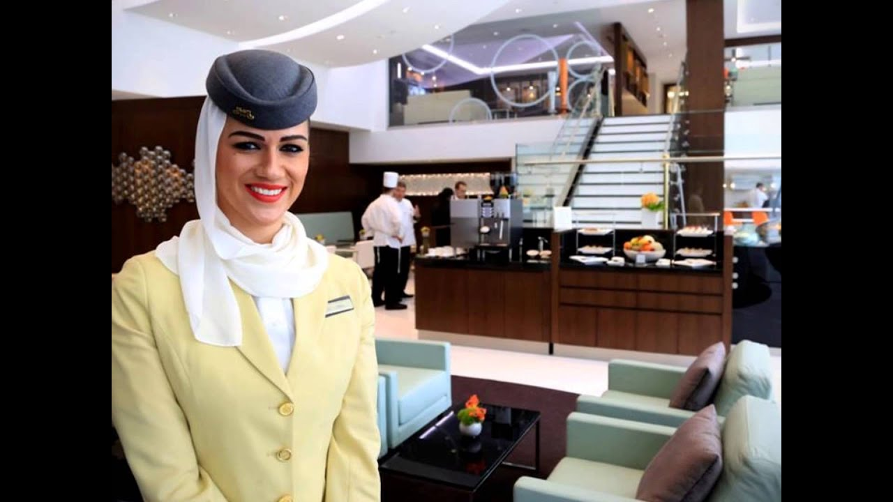 Cabin Crew Nowadays Emirates Etihad And Qatar Airlines