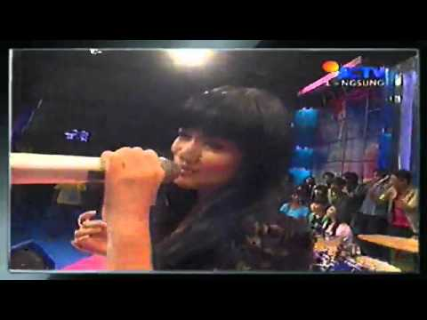 Titi Kamal   Jatuh Cinta.flv