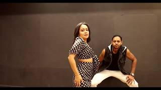 Gambar cover aankh mare o ladka aankh mare | neha kakkar dance | aankh mare new song | aankh mare latest song