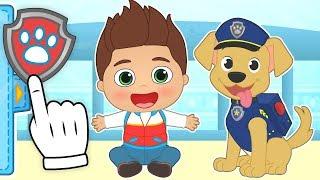 BEBE ALEX 👶 Se transforma en Perro Policía | Dibujos animados infantiles #babypets