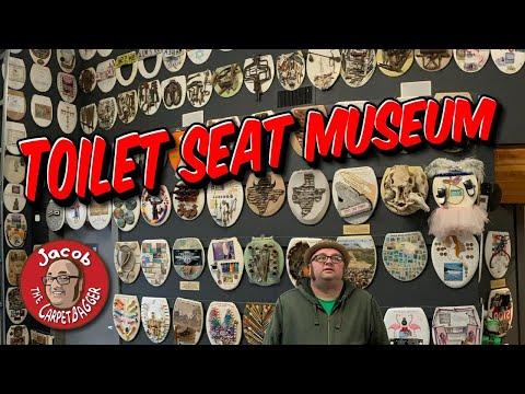 The Toilet Seat Art Museum