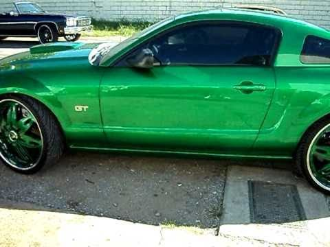 Mustang On 24 Inch Dub Floaters Youtube