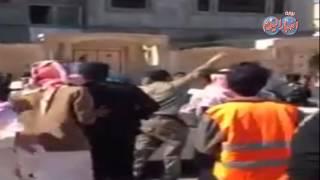 لحظة القبض على منفذي الهجوم على مسجد الإمام الرضا بالاحساء شرق السعودية