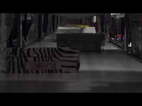 видео: Сортировщик заказов EnDeEx (волнорез). Загрузка товара на сортер.