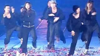 [Fancam] 100417 Yuri SNSD - Solo 1 2 step feat.Minho@1st Asia tour in Shanghai [5]