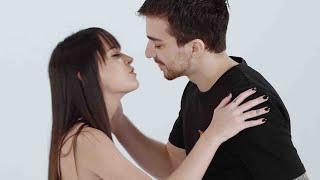 DESAFIO DOS 5 SENTIDOS | Quem ela irá beijar? :x | LOVE DRAMA EP.01