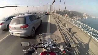 Video GV250 Riding Across the Bosphorus Bridge/İstanbul download MP3, 3GP, MP4, WEBM, AVI, FLV September 2018