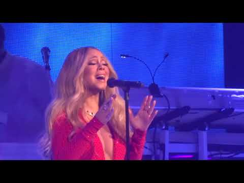 Mariah Carey- O Holy Night Las Vegas 12-14-17