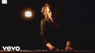 Смотреть клип Julien Doré - Habemus Papaye