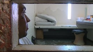 No Way Out: Undercover in Solitary Confinement thumbnail