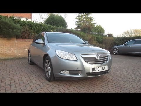 2010 Vauxhall Insignia Sport Tourer SRi Start-Up and Full Vehicle Tour
