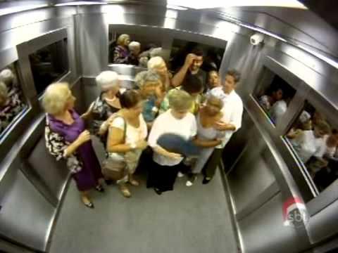 Bromas Brasileñas - Gente en el elevador