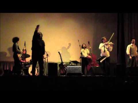 Viva la vida (Cisco) - Concerto per la memoria 2013 al Ferrini di Caraglio
