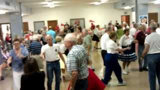 "Square Dance to ""Mickey Mouse"" at Singles & Doubles in St. Louis, MO with Tom Roper VIDEO0447"