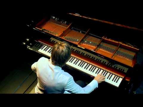 Charl du Plessis plays Me, Blue? Neva! (composed by Charl du Plessis)