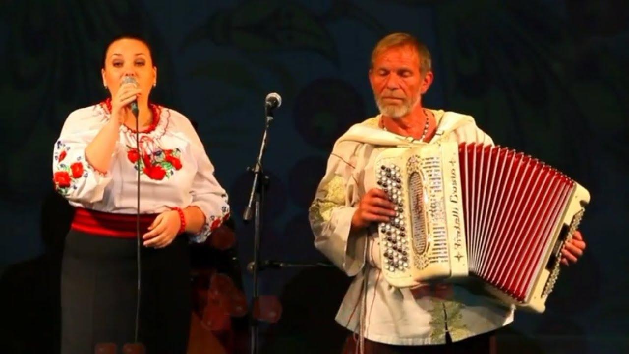 Ой, у вишневому саду╰❥Красивая Украинская народная песня о любви под баян. Очаровательное исполнение