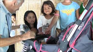 3 LITTLE GIRLS MOTHER SUFFERED DEPRESSION SHOCK ON THE STROLLER GIFT