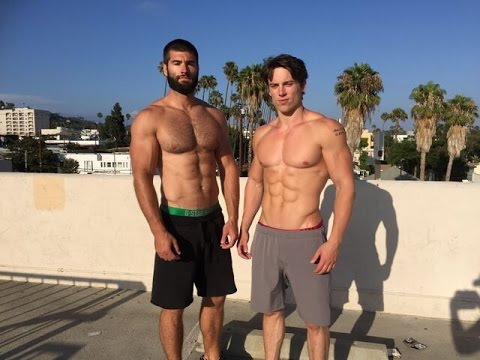 How to Drop Fat & Build Muscle While Travelling and on Vacation